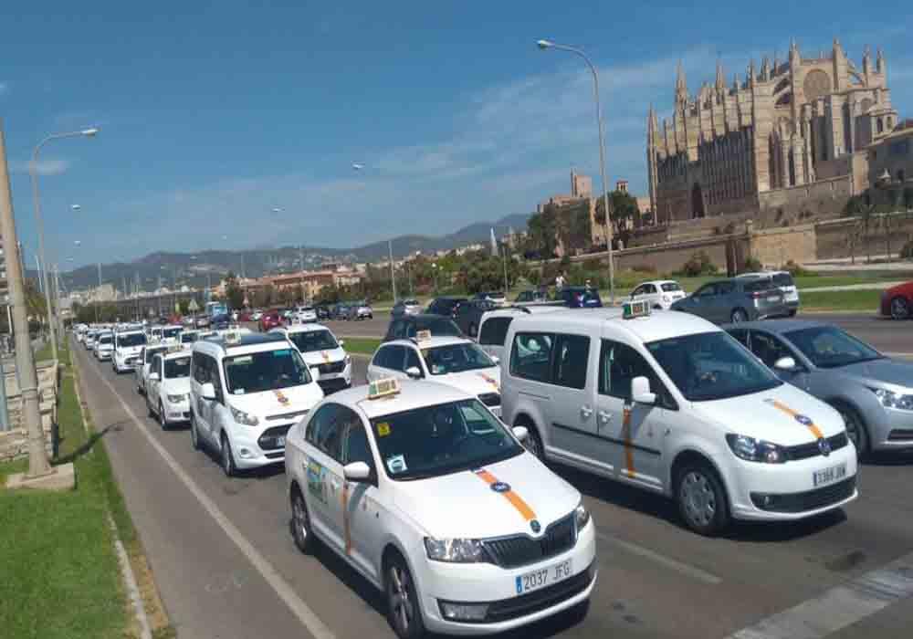 Aprobada la normativa de las VTC en Baleares
