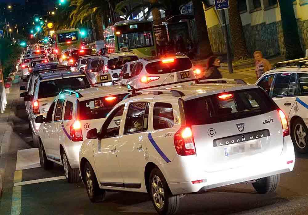 Canarias frena la concesión de licencias de VTC