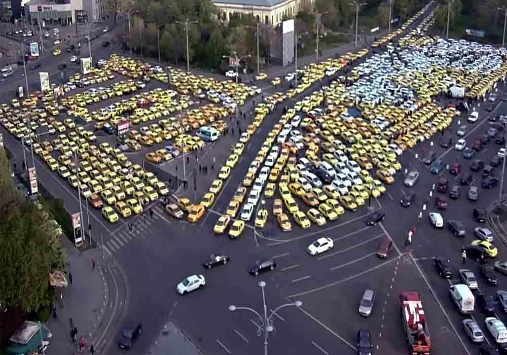 Los Taxistas de Rumanía paralizan la capital