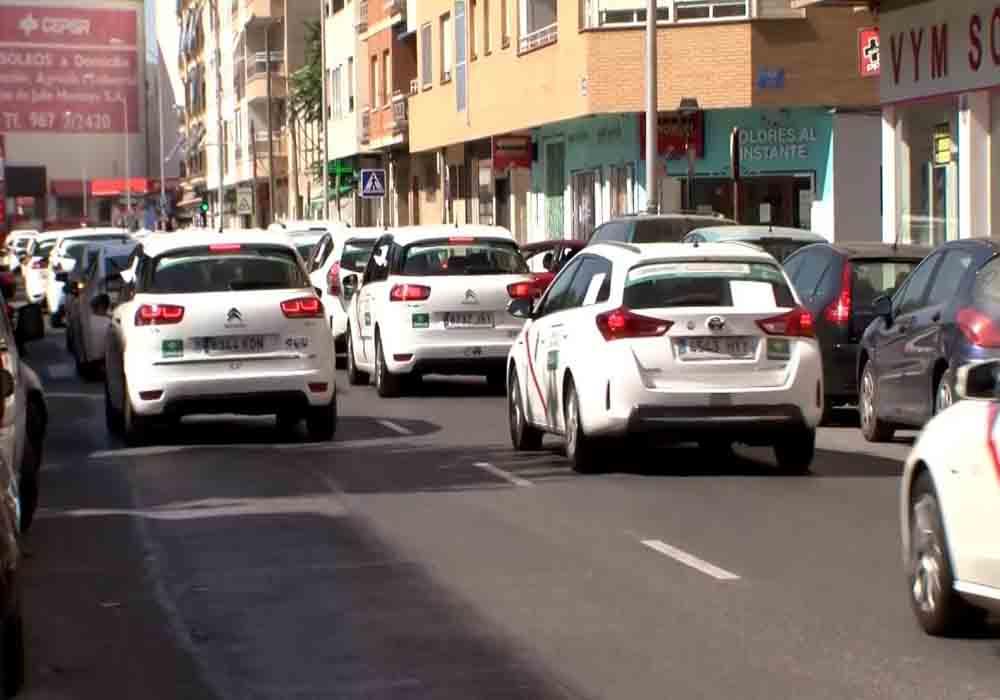 Los taxistas de Albacete piden la regulación de las VTC
