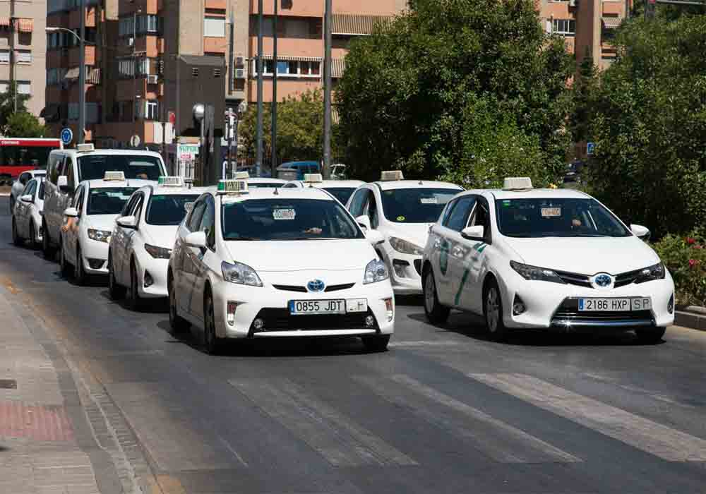 Nuevas normas de regulación de VTC en Granada