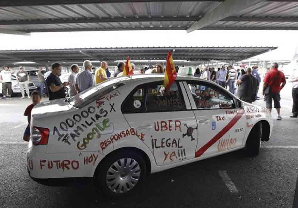 Uber se va de Valencia
