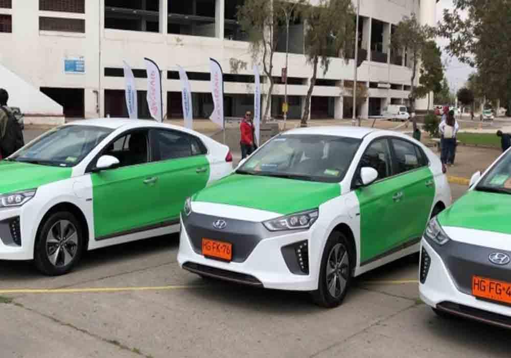 Chile presenta su estrategia de movilidad para el taxi