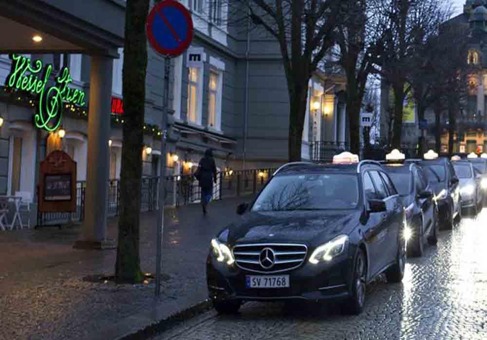 Helge Orten, de Noruega propone destruir el sector del taxi