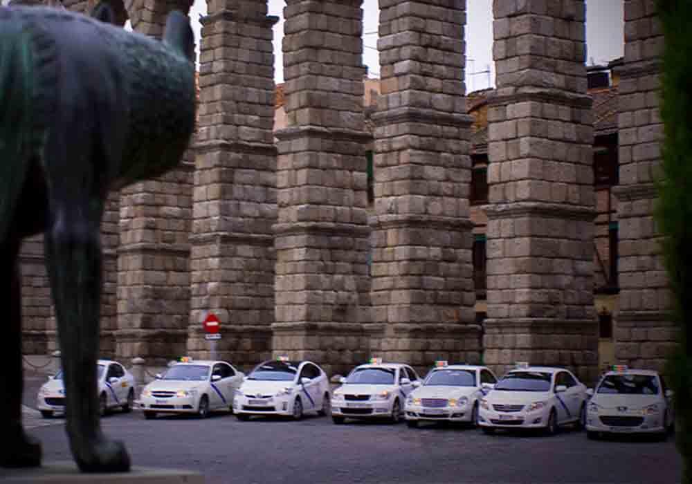 Los taxistas de Segovia recogerán clientes en los pueblos