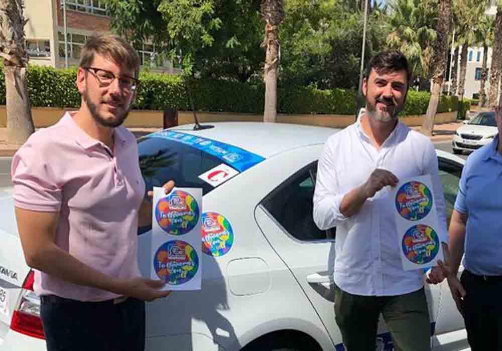Los taxistas de Alicante se solidarizan con el colectivo LGTBI